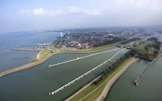 Rapid decision on plans new sea lock Terneuzen